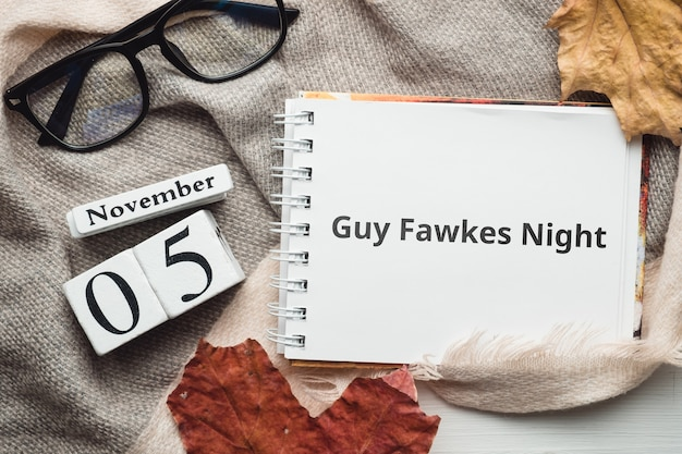 Guy fawkes night dia de outono mês calendário novembro.