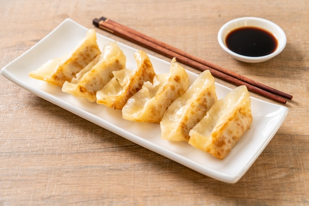 Gyoza japonês ou lanche de bolinhos