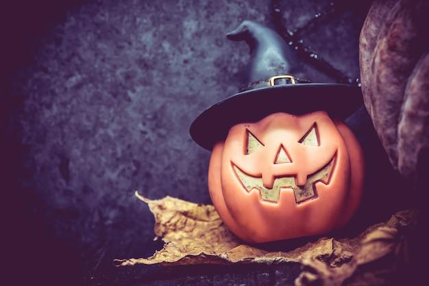 Halloween com cópia espaço e abóbora