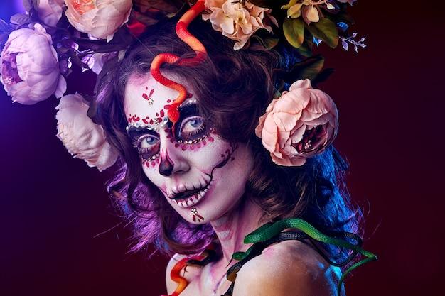 Halloween maquiagem linda modelo de caveira de açúcar