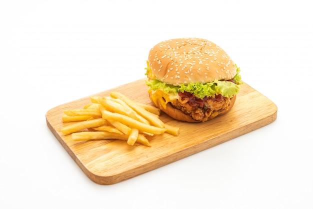 Hambúrguer de frango frito isolado no fundo branco