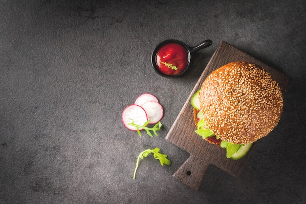 Hambúrgueres veganos saudáveis