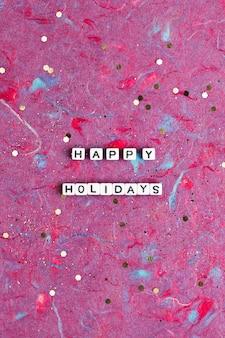 Happy holidays missangas palavra tipografia