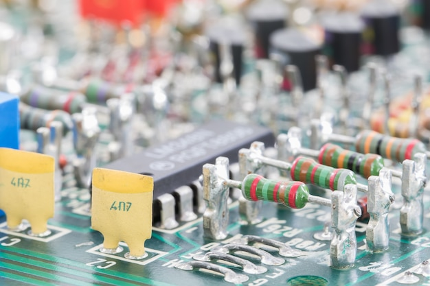 Hardware eletrônico closeup na placa de circuito