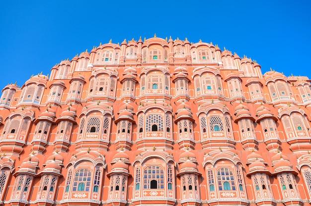 Hawa mahal ou palácio dos ventos no estado de jaipur rajasthan na índia