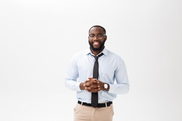 Headshot, de, sucedido, sorrindo, alegre, americano africano, homem negócios executivo, elegante, companhia, líder