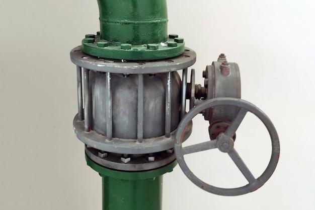 Hidrante de torneira grande com alavanca redonda. para qualquer propósito.