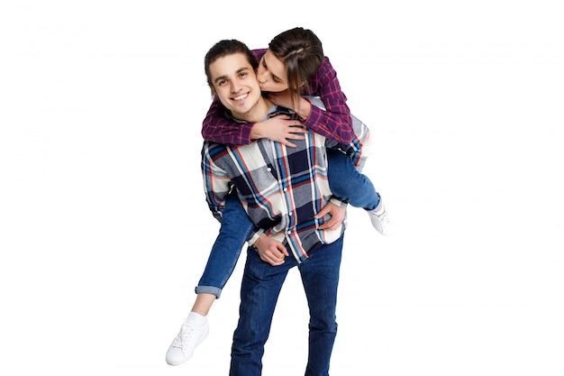 História de amor de casal atraente, engraçado e alegre