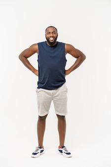 Homem africano esporte exercitar e esticar em branco