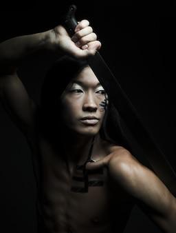 Homem asiático, com, katana