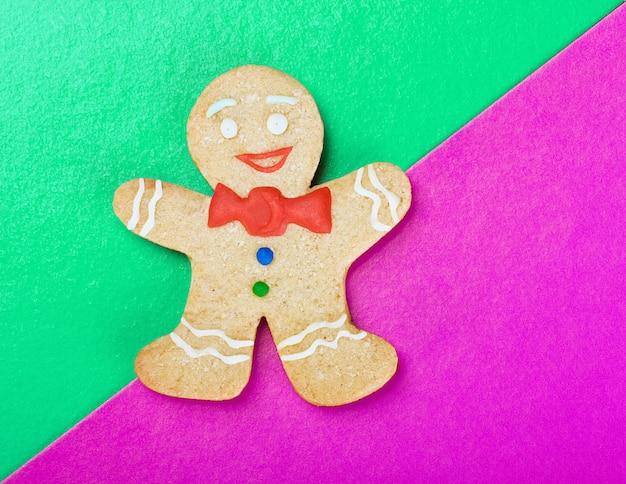 Homem-biscoito sorridente de natal