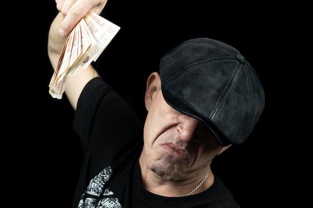 Homem, com, a, dinheiro
