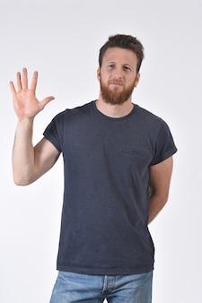 Homem, com, dedo, em, a, forma, de, numere cinco