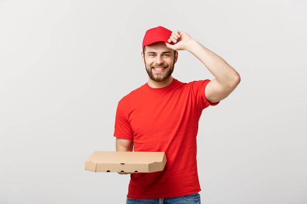 Homem de entrega bonito caucasiano pizza segurando caixas de pizza