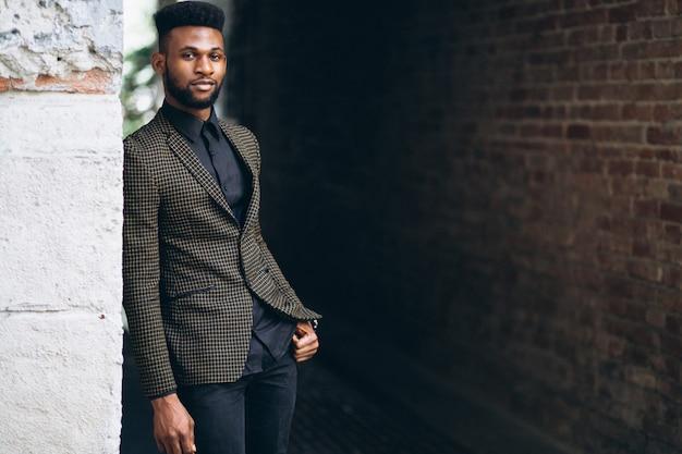 Homem de negócios americano africano