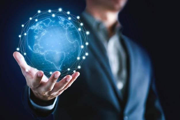 Homem de negócios e tecnologia de rede