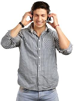 Homem de operador com fones de ouvido isolado