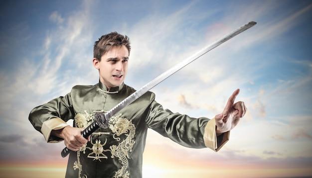 Homem, desgastar, antigüidade, traje, e, um, espada