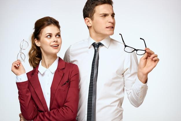 Homem e mulher, assédio no trabalho, relações sexuais no trabalho, chefe e subordinado