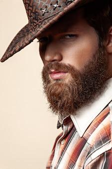 Homem, em, um, chapéu vaqueiro