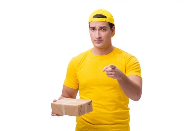 Homem entregando presente de natal isolado no branco