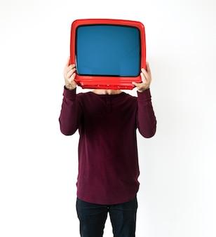 Homem, ficar, e, segurando, um, tv