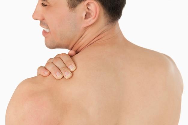 Homem jovem, com, dor pescoço