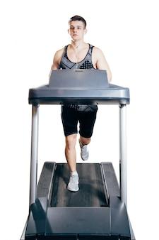 Homem jovem, ligado, a, treadmill