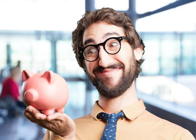 Homem louco com expressão piggy bank.funny