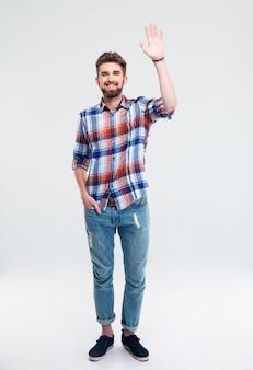 Homem mostrando gesto de saudação isolado