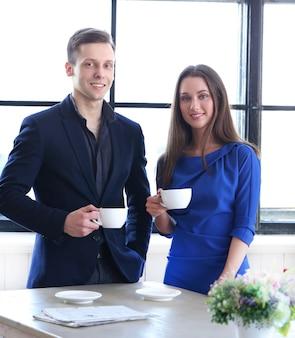 Homem mulher, com, copo café