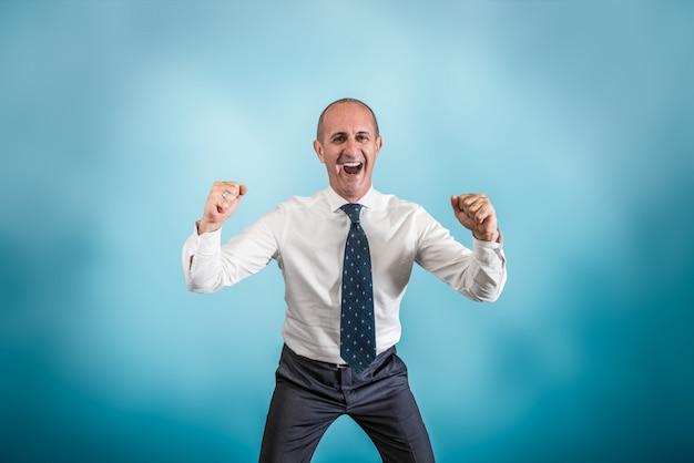Homem negócio, exultar, para, um, sucesso