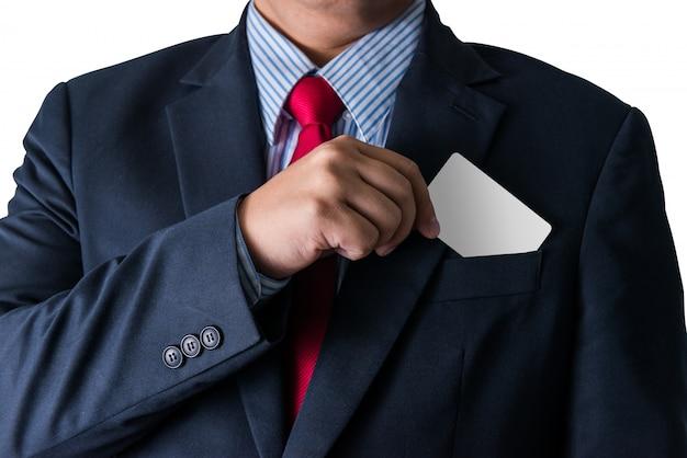 Homem negócio, que, leva, cartão negócio, de, a, bolso, de, terno negócio, copyspace