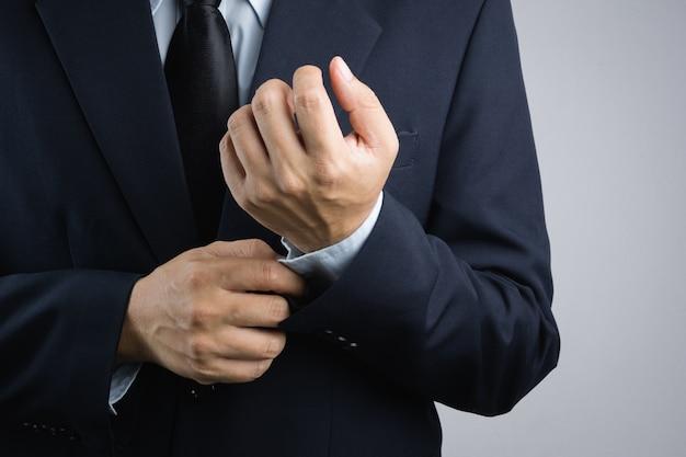 Homem negócio, vestir-se
