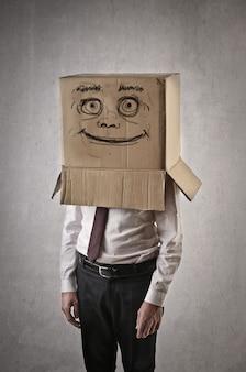Homem negócios, com, paperbox, ligado, seu, cabeça