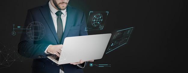 Homem negócios, com, um, laptop