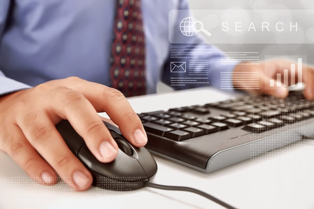 Homem negócios, digitando, ligado, teclado