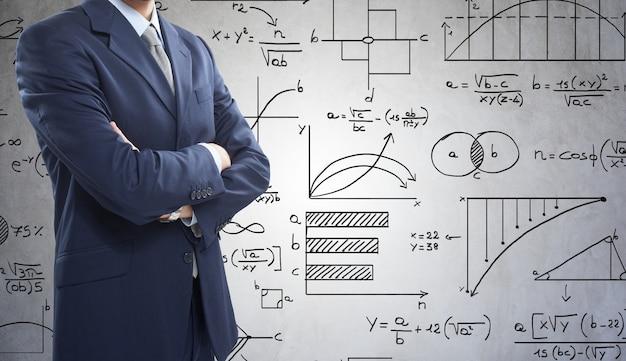 Homem negócios, frente, matemática, fórmulas