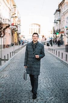 Homem negócios, rua