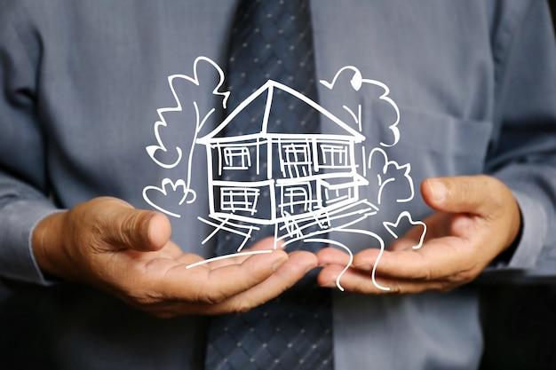 Homem negócios, uso, dois, mão segura, casa