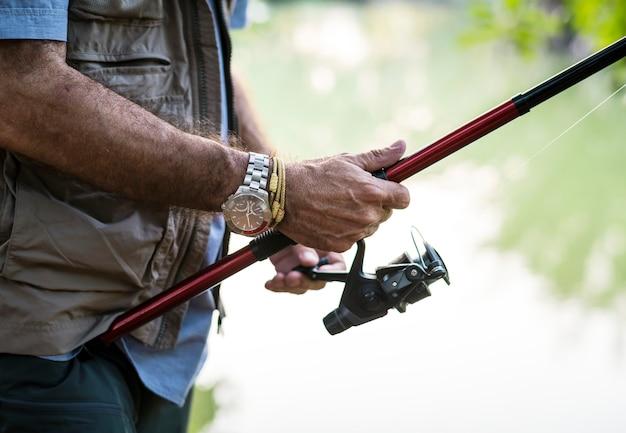 Homem, pesca, por, um, lago