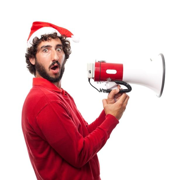 Homem preocupado segurando um megafone