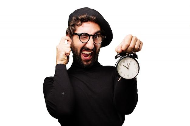 Homem reclamando sobre o barulho do despertador