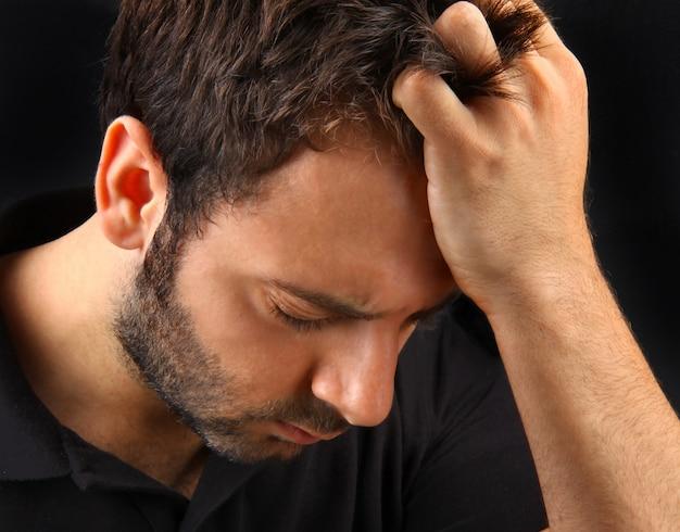 Homem, sofrimento, um, forte, dor de cabeça