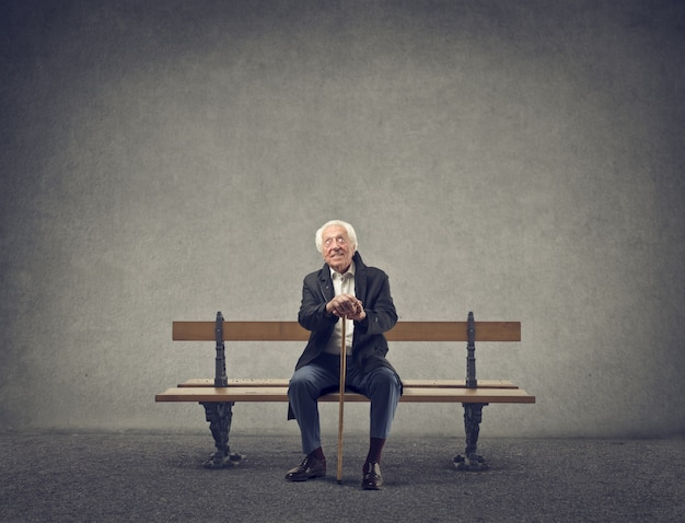 Homem velho, sentando, ligado, um, banco