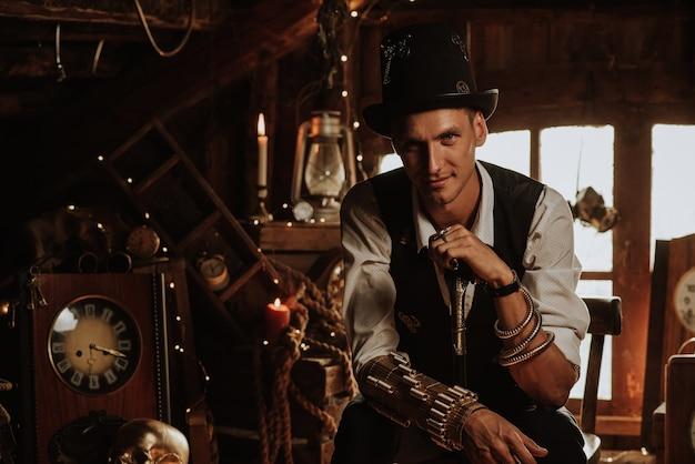 Homem vestido com um terno estilo steampunk com um chapéu e uma bengala na mão em um ambiente de conto de fadas fantástico
