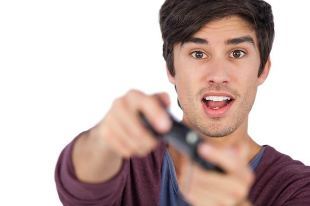 Homem, videogame jogando