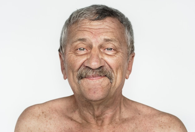 Homem worldface-americano em um fundo branco