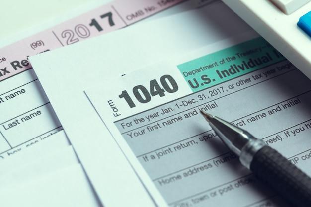 Hora do imposto.