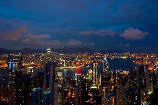 Horizonte de hong kong. vista do victoria peak.